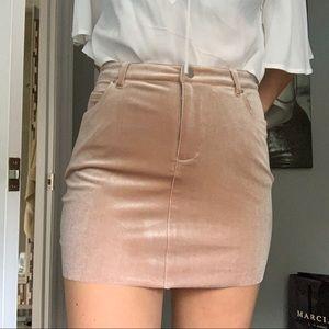 Dresses & Skirts - Velvet pink mini skirt
